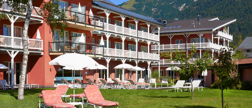 Das Hotel Eden, Seefeld, Austria - garden with sun loungers.jpg